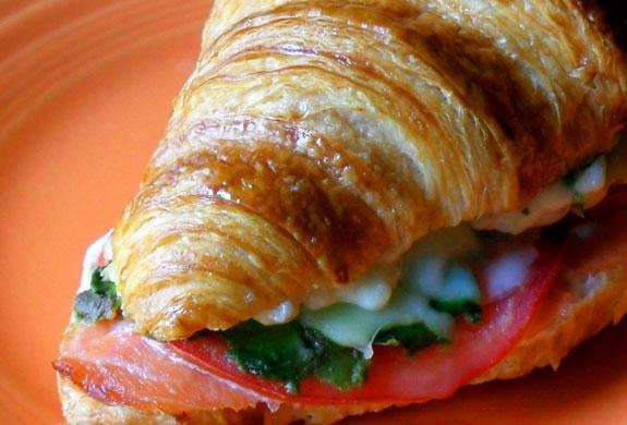 smoked salmon croissant sandwich